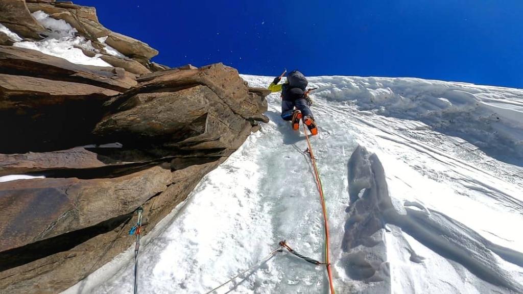Pierrick Fine guide athlète encadrant ambassadeur cascade de glace millet escalade