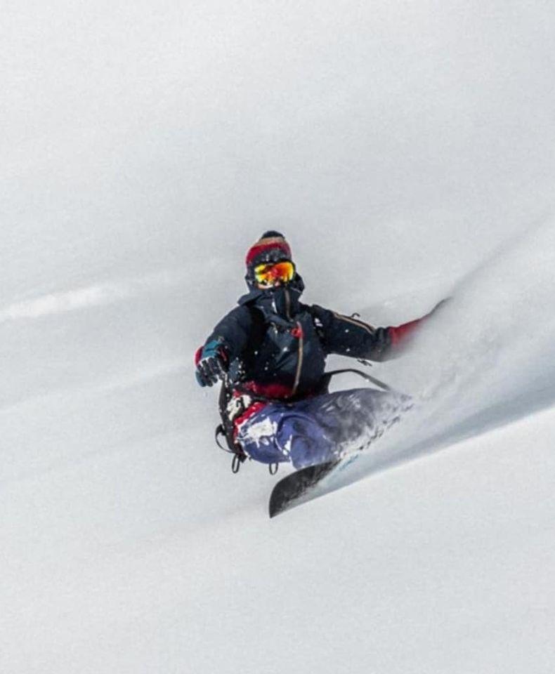 Top Jones Snowboard Splitboard Pica