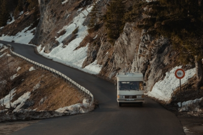 Twinpics prod camping car road trip bivouac samaya pajak
