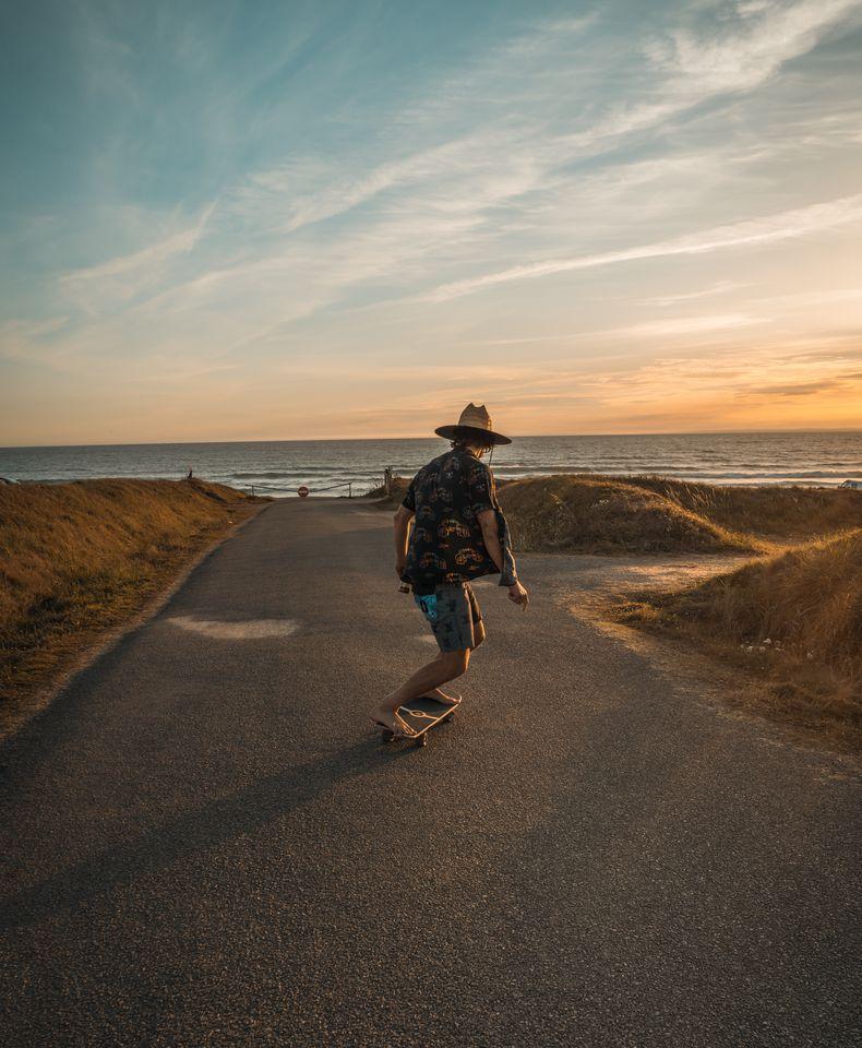 Skate Surf bus trip Axel