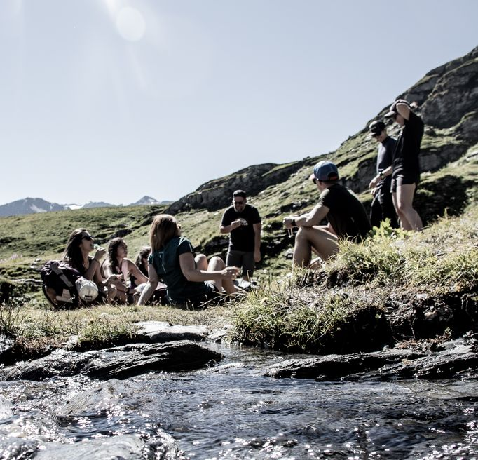 Bivouac groupe rivière Rando Trek