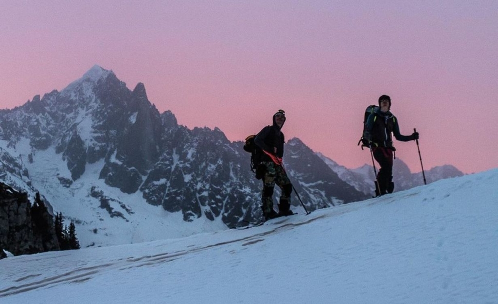 Gaspard Ravanel Jones Snowboard