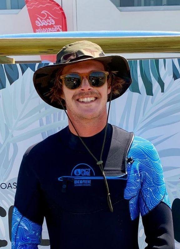 Ambassadeur vignette encadrant Surf Biscarrosse Thibault Bourles