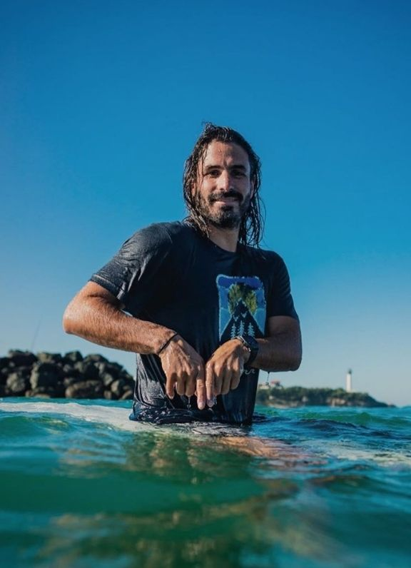 AMBASSADEUR VIGNETTE Damien Castera Surf athlète Picture