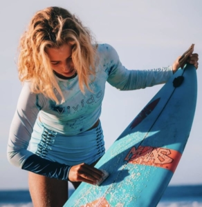 Athlète Blog Lilya Ambert Roxy Surf