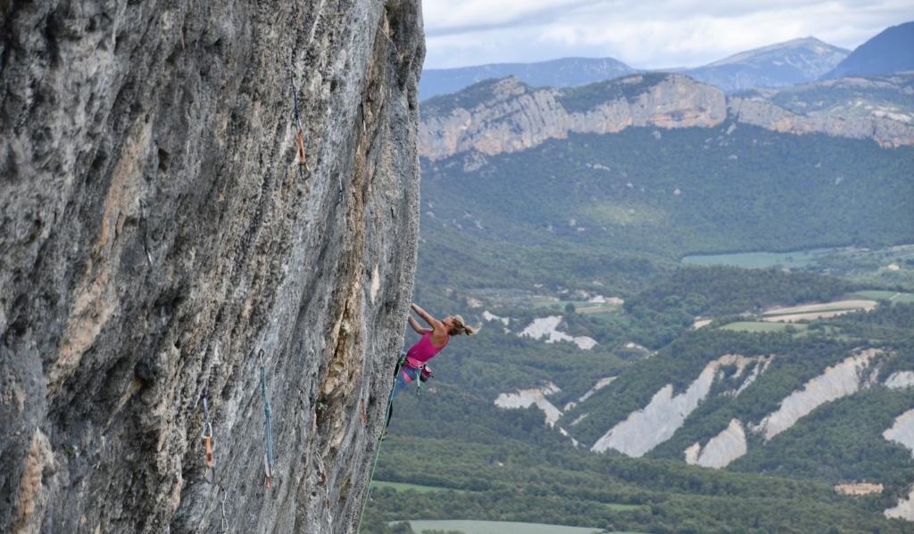 Top Escalade Svana Bjarnason Looking for wild